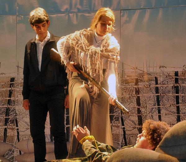 فرقة معهد لوبي دي فيكا تقدم عرض مسرحي بالناظور في إطار الأيام المسرحية الأولى