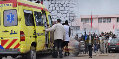 """حالات إغماء بين تلميذات بثانوية حسان بن ثابت  بزايو بعد رش مادة """"كليموجين"""" بأحد الاقسام"""