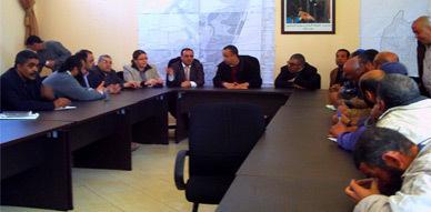 المكتب الجهوي للاستثمار الفلاحي يلتقي أعضاء جمعيات الفلاحين ببني شيكر لإتمام مشروع التشجير
