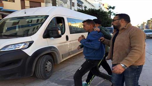 """أغلبهم قاصرون.. سلطات الناظور تجلي العشرات من """"الحراكة"""" من شوارع وأحياء المدينة"""