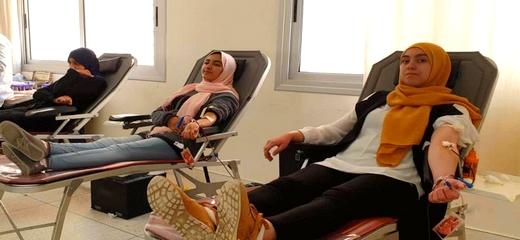بمناسبة اليوم الوطني للتبرع بالدم.. طلبة وأطر المعهد العالي للمهن التمريضية بالناظور ينظمون حملة  للتبرع