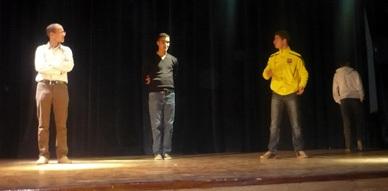 """فرقة """"الفنون للمسرح والفلكلور"""" بالناظور تستعد للمشاركة في المهرجان الدولي للمسرح بالحسيمة"""