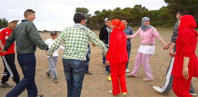 فرقة مولاي موحند للمسرح الأمازيغي بآيث حذيفة في خرجة ترفيهية إلى غابة أزغار