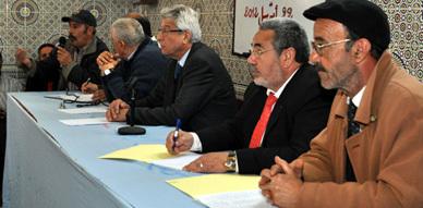 الاتحاد المغربي للشغل بالناظور يجتمع بمجموعة من العاملين بمدينة مليلية المحتلة