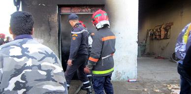 النيران الملتهبة تأتي على محل لإصلاح الدراجات بجماعة بوعرك بالناظور