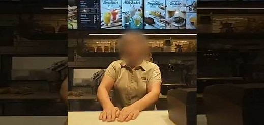 بسبب أصولهم.. فتح تحقيق بأحد المقاهي بإسبانيا إثر رفضها خِدْمَة شباب مغاربة