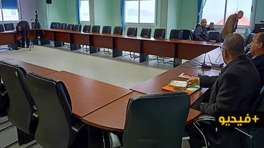 للمرة الثانية.. تأجيل دورة انتخاب الرئيس الجديد لجماعة الناظور بعد غياب كل أعضاء المجلس