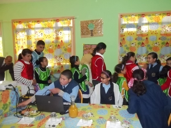 زيارة بيئية لمدرسة الحي الجديد بالعروي لمدرسة وادي المخازن بسلوان