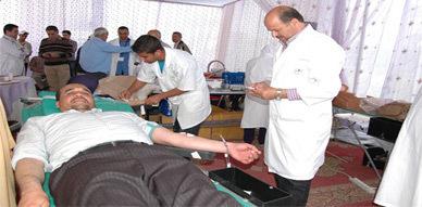 ساكنة العروي تشارك في حملة التبرع بالدم بمستشفى محمد السادس