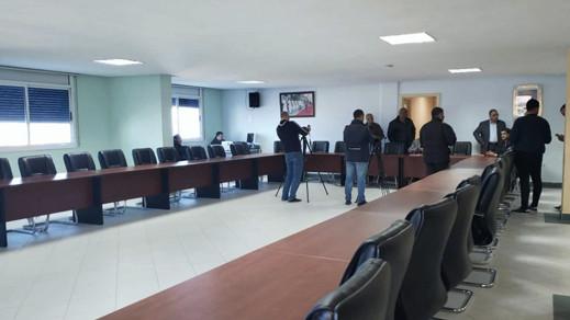 موعد الجلسة الأخيرة لإنتخاب رئيس جماعي جديد للناظور بمن حضر
