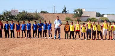 مدرسة لهدارة بأركمان تنظم دوري في كرة القدم المصغرة