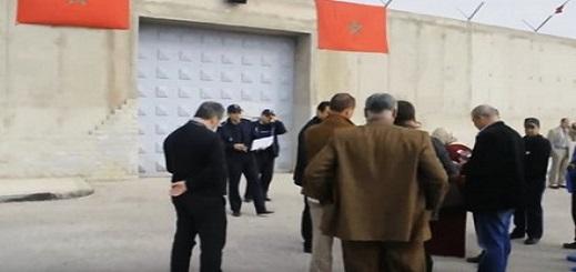 بعد إغلاق أبواب السجن في وجهها.. جمعية تطالب فتح الحوار مع معتقلي الريف