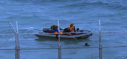 خفر السواحل الإسبانية ينقذ مغربيين بعرض البحر بالقرب من جزر الكناري