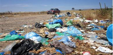 جماعة دار الكبداني تستقبل زوارها بمطرح النفايات