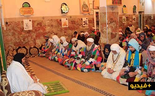 فرنسي يسافر إلى المغرب مشياً على الأقدام لإعلان إسلامه في الزاوية الكركرية بالعروي