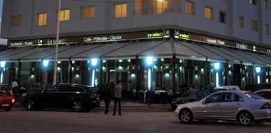 مقهى، مطعم ومثلجات Le Select يفتتح أبوابه رسميا