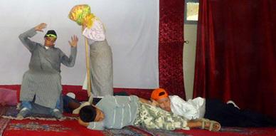 """فرقة مولاي موحند للمسرح الأمازيغي في عرضها الثاني عشر لمسرحية """"ثوذاث إمسعان"""""""