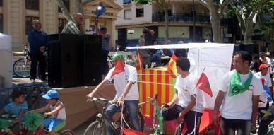 جمعية الفارابي الثقافية ببندريل الإسبانية تشارك في استعراض للدراجات الهوائية