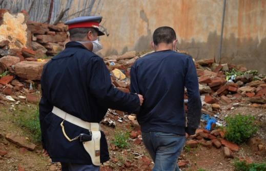 سلطات إقليم الدريوش تشدد المراقبة بجماعات الإقليم وتعتقل 20 شخصا وسيارات خرقوا قانون الطوارئ الصحية