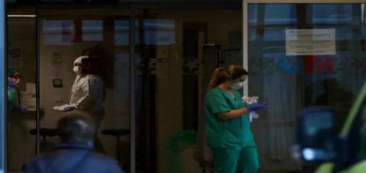 حصيلة الوفيات اليومية للوباء في إسبانيا تتراجع عن 400 حالة