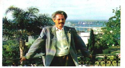 مهرجان ثويزا يناقش مشروع إحداث مؤسسة للكاتب الكبير محمد شكري