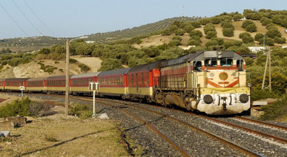 ركاب متهورين يتسببون في إظطراب حركة النقل السككي بين طنجة والدار البيضاء