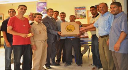 توزيع قفة رمضان للطبقة المعوزة بجماعة اولاد استوت وبلدية زايو