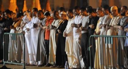 مغاربة يطالبون بالترخيص للاعتكاف في أواخر رمضان