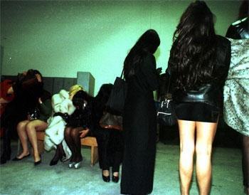 القبض على مغربيات وخليجيين داخل شقة بمراكش