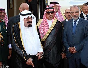 ملك السعودية يحل بالدار البيضاء في زيارة خاصة للمغرب
