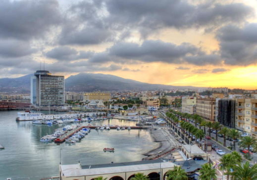 كيف يخطط المغرب لضم مدينة مليلية إلى مشروع مارتشيكا السياحي؟