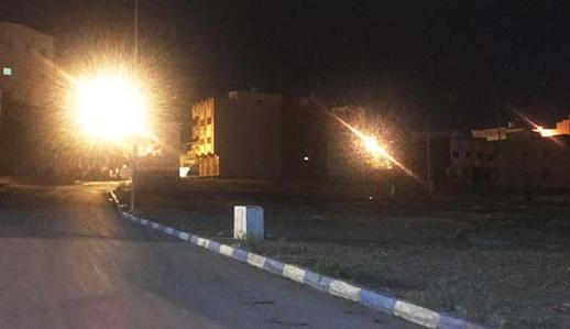 تعويض أسلاك كهربائية مسروقة يُعيد أضواء الإنارة العمومية لشوارع بني نصار