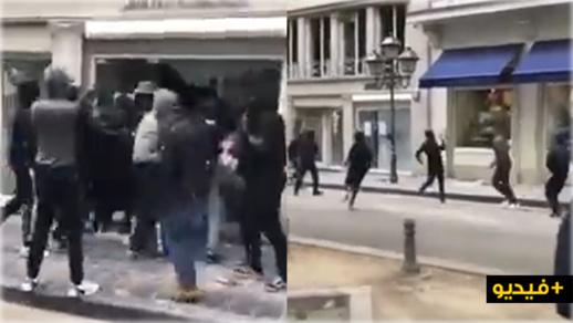 بالفيديو.. مشاغبون يستغلون الاحتجاجات ضد العنصرية لتخريب ونهب متاجر بروكسيل