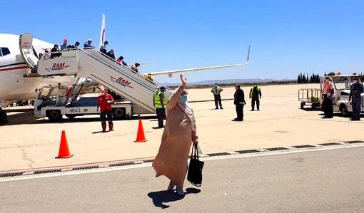 المغرب يواصل عمليات إجلاء العالقين بإسبانيا.. وصول 3 طائرات لمطار وجدة على متنها أزيد من 300 شخص