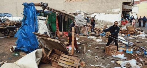 هل استغلت السلطات حالة الطوارئ لتطهير إقليم الناظور من الأسواق العشوائية؟