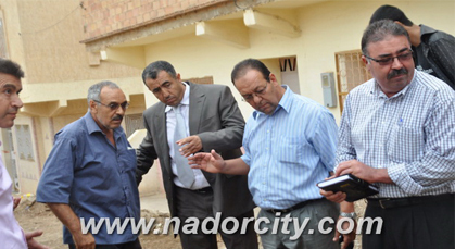 لجنة تحل بحي سيدي عثمان الغربي بزايو ومواطنون يصفون أشغال التأهيل الحضري بالعشوائية