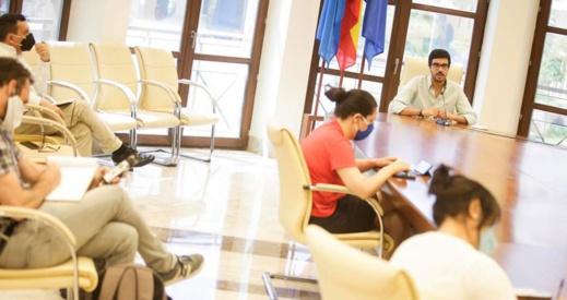 مسؤول في حكومة مليلية يثني على الجهود الاقتصادية المغربية بالناظور