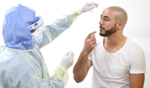 """أمرابط يُشفى من فيروس """"كورونا"""" في مدة قياسية"""