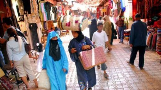 """صادم.. تقرير رسمي يكشف لجوء معظم الأسر المغربية إلى الاقتراض لـ""""تعيش"""" خلال أزمة كورونا"""
