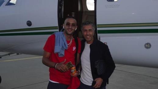 فيديو.. زياش يصل إلى لندن في طائرة خاصة ويجري أول تداريبه