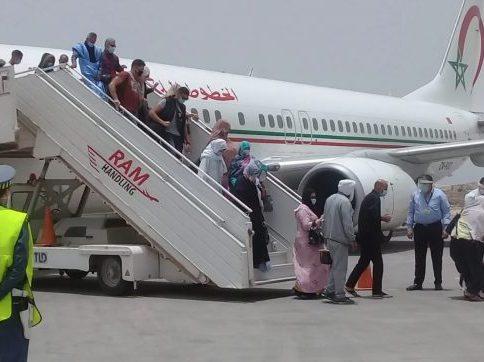 برلمانيون يُسائلون وزير الخارجية حول أسباب غلاء تذاكر العبور