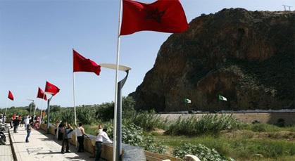 المغرب والجزائر متّصلان جغرافياً منعزلان من حيثُ الحدودُ البرية منذ ستة عشر عاماً