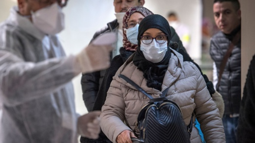 وزارة الداخلية تهدد بسجن من لا يرتدون الكمامة في الفضاء العام