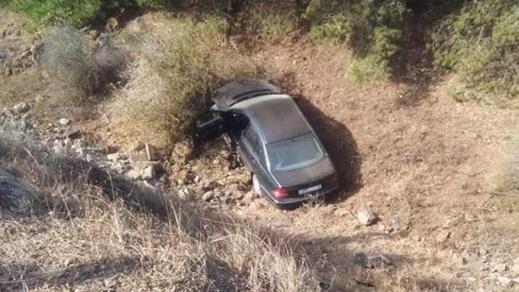 العثور على سيارة مجهولة في الطريق الرابط بين الناظور وبني أنصار