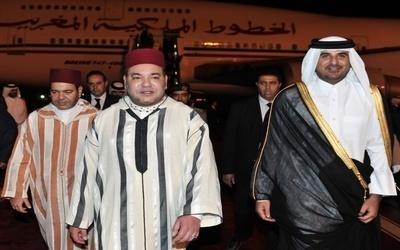 الملك محمد السادس يتبرع نقدا لمؤسسة خيرية بقطر