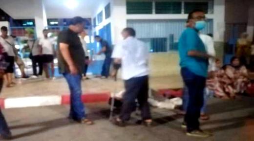 مواطن من بن الطيب يتهم سائق سيارة بتركه أمام بوابة المستشفى الحسني