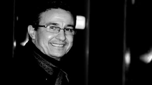"""محمد بوتخريط.. حين غرَّد صاحبي مازحا ، عن عطلة """"الجالية"""" في البلد"""