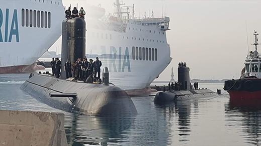 غواصة عسكرية اسبانية تبحر قرب الناظور تزامنا مع احتفال المغاربة بعيد العرش