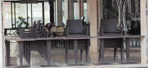 وزارة الداخلية تعفي أرباب المقاهي والمطاعم من الجبايات المحلية عن فترة الحجر الصحي