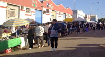 أسواق إسبانيا الاسبوعية تشهد توافد عدد كبير من المهاجرين وخاصةً الجالية المغربية